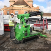 In action.26a - VINCI - Reading - Pallet lift + signage.Apr16
