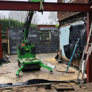 7-Heavy-Steel-Beams-Installed-in-Farnham2