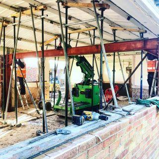 A-Very-Tight-Steel-Beam-Installation1