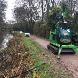 The Hooka on hire delivering Travis Perkins bulk bags on restricted towpath better alterntative to telehandler and all terrain forklift