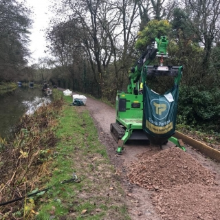 The Hooka on hire delivering bulk bags on restricted towpath better alterntative to a telehandler and all terrain forklift