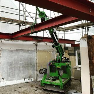 Heavy-Steel-Beam-Installation-in-Farnham4