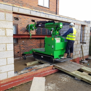 The Hooka mini tracked crawler crane can access the most difficult sites its rubber tracks give great stability better access than small cranes. Hired from Hook-up Solutions call 01462 499 642