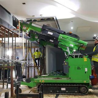 Indoor-Steel-Beam-Installation-for-Jaguar-Land-Rover4