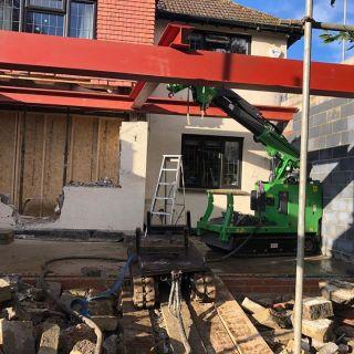 Installing-1200kg-Steel-Beams-in-Godalming