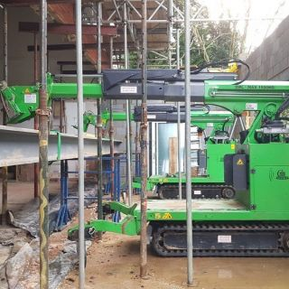 Installing-a-Long-Steel-Beam-in-Caterham1