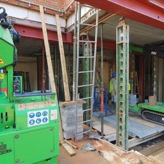 Multiple-Heavy-Steel-Beams-Installed-in-North-London1