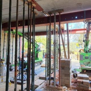 Multiple-Heavy-Steel-Beams-Installed-in-North-London2