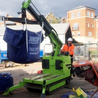 Hire the Hooka to move bulk bags of sand and ballast to point of use on site with restricted access that were delivered by Jewsons at the roadside