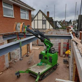 Steel-Beam-Installation-in-Wolverhampton1