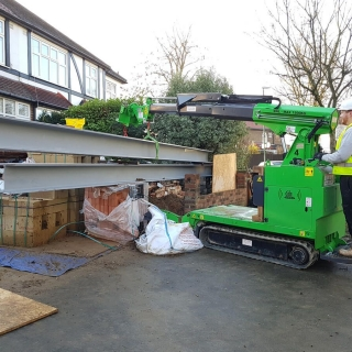 how to lift a steel RSJ I-beam for a picture frame using the hooka steel beam lifter