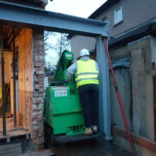 how to move a steel RSJ beam for a picture frame using the hooka steel beam lifter with restricted access