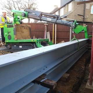 steel I-beam picture frame installation with the hooka steel beam lifter