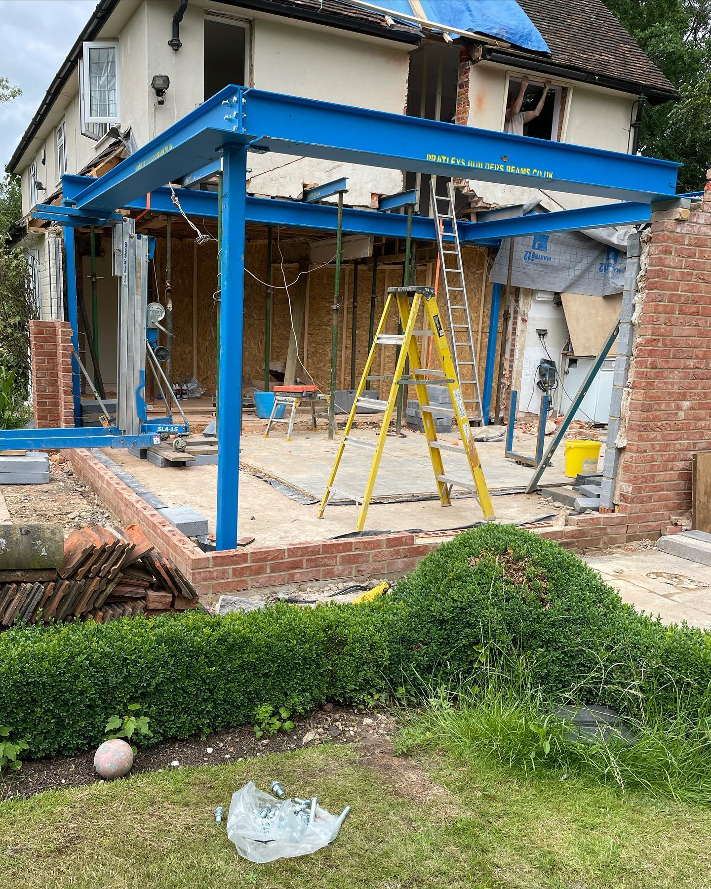 Steel Frame Installation in Newbury